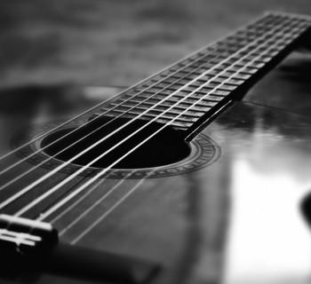 AcousticGtrPicture