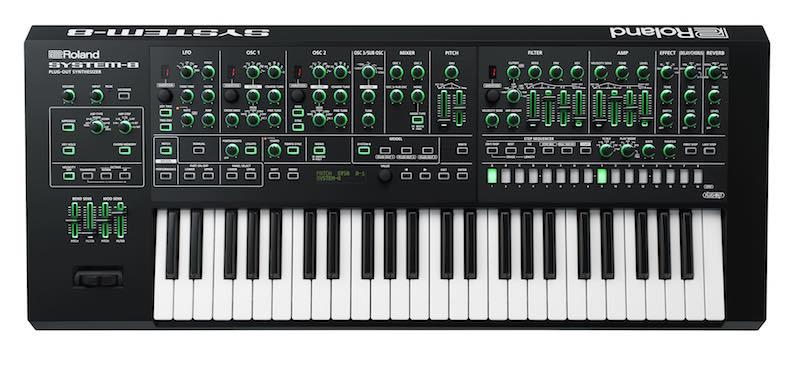 Roland System-8 in tutta la sua bellezza