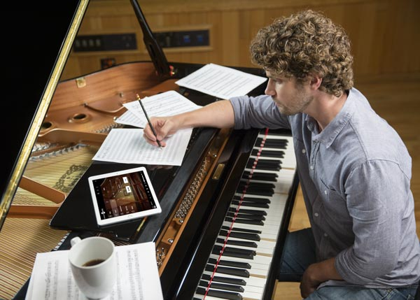 Il nuovo pianoforte Yamaha Disklavier Enspire