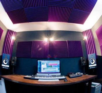 Trattamento-acustico-Auralex-Fonoassorbenti-Studiofoam-Bass-Traps263