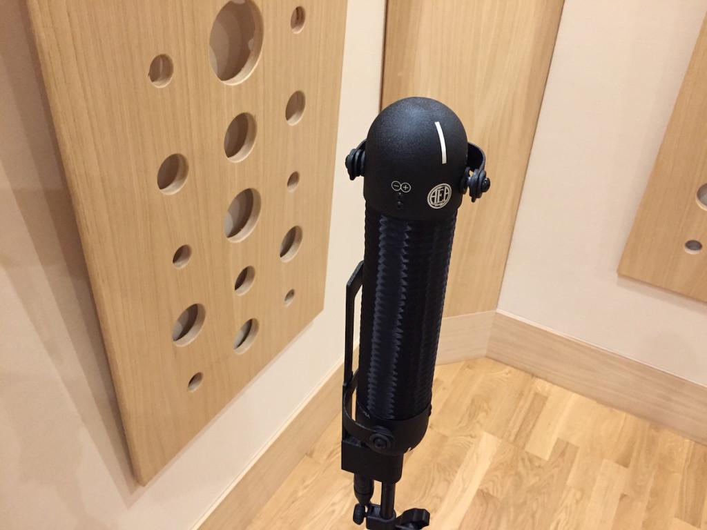 Il microfono oggetto del test AEA R88 MK II