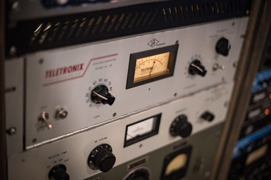 Il leggendario limiter Teletronix LA2A allo Studio G