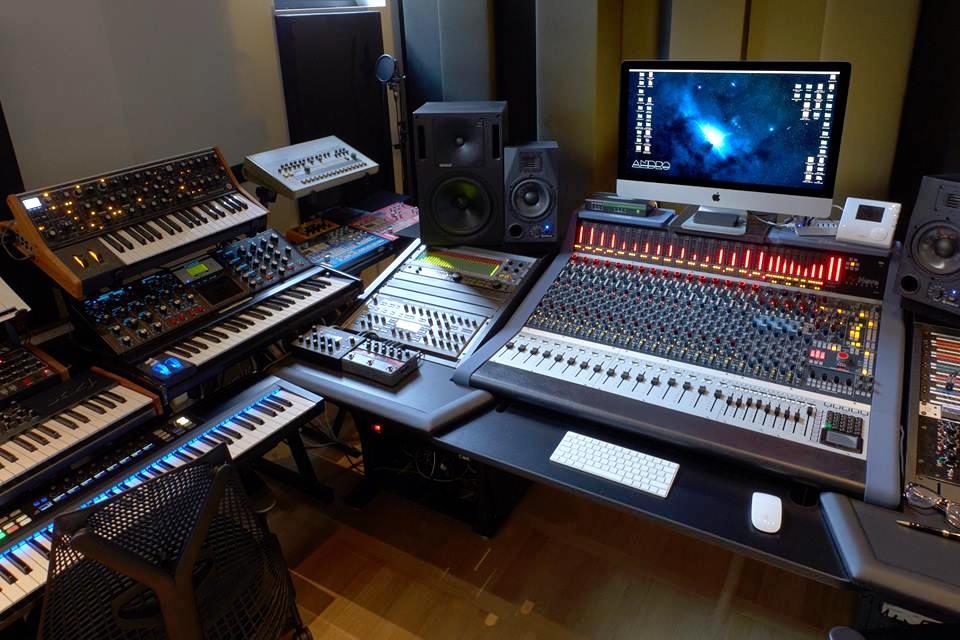 Neve Genesys Black console hardware ibrido analog digital negramaro waveforms studio rec mix
