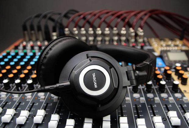 Tascam TH-07 cuffie studio pro audio headphone