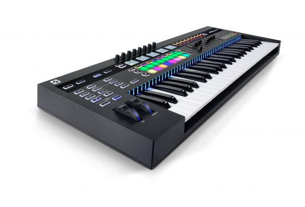 Novation SL 49 MkIII test controller midi keyboard tastiera midiware audiofader
