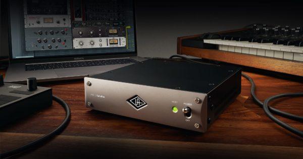 Universal AUdio UAD-2 Satellite Thunderbolt 3 DSP processing plug-in fx daw software hardware audiofader