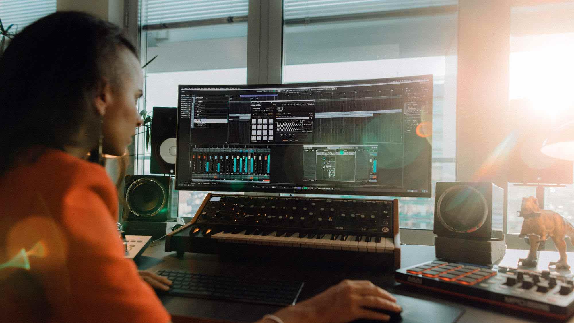Steinberg #stayhome elements collection wavelab cubase dorico absolute daw software produzione strumenti musicali