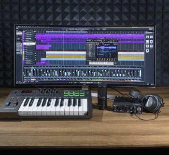 Steinberg Production Starter Kit software bundle hardware cuffie mic headphones software daw strumenti musicali