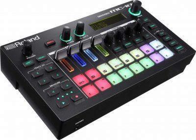 Roland MC-101 hardware dj digital groovebox performance zenology rolandcloud test audiofader andrea maio