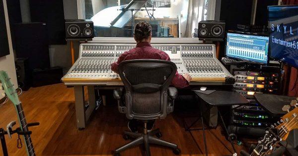 Audient ASP8024 Shed Studios rec pro studio hardware analog vintage console banco leading tech audiofader