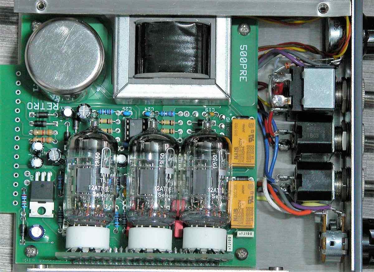 Retro 500PRE outboard rack api serie500 preamp rec recording funky junk audiofader test luca pilla valvola prezzo