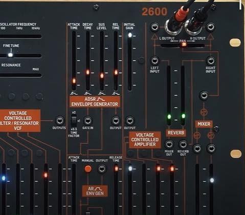 Behringer 2600 hardware modular sintetizzatore synth arp audiofader