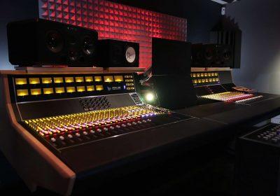 Api Audio 1608 hardware mixer console analog mix rec funky junk luca pilla test audio pro studio