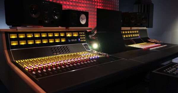 Api Audio 1608 hardware mixer console analog mix rec funky junk luca pilla test audio pro studio