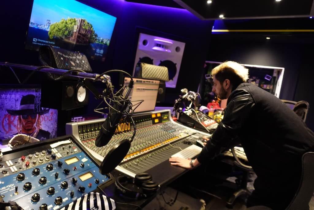 SSL 5 star studios atlanta AWS 948 delta mixer hardware banco audiofader eric manco