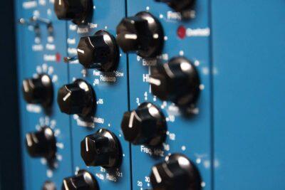 Tube-Tech pm1a RM8 rack outboard hardware studio audio pro test recensione mattia panzarini effetto note audiofader