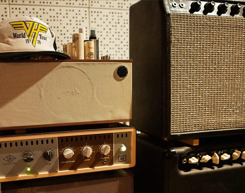 Universal Audio OX Butch Walker apollo interfaccia audio mix green day midiware audiofader amp guitar bass