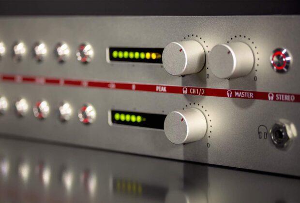 Neumann V-402 hardware preamp mic rec studio pro test review recensione rack audiofader exhibo luca pilla