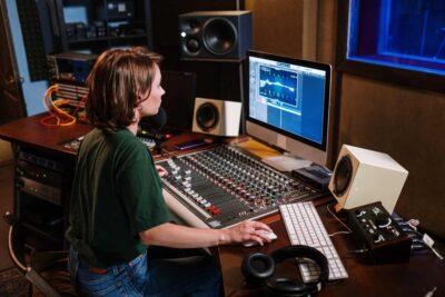 Women In Music Production attualità recording producer studio audiofader