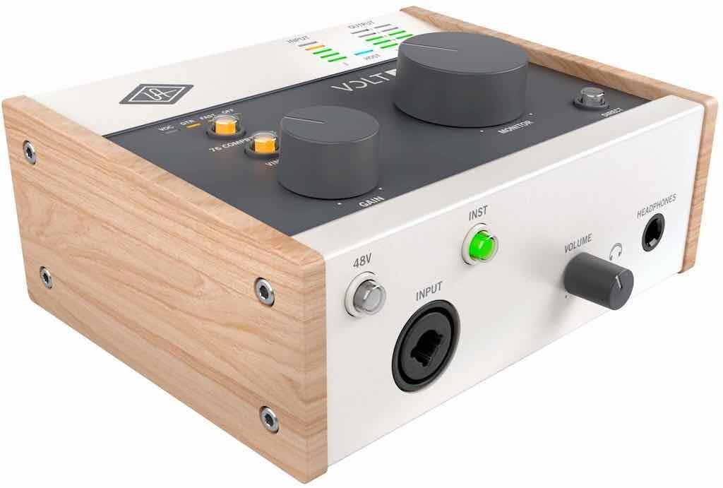 Universal Audio Volt 176 interfaccia audio mobile iphone ipad pc mac hardware home studio recording midiware audiofader